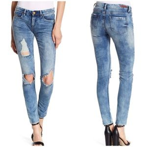 Blank NYC Skinny Classique Destructed Denim Jeans